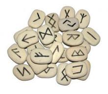 Alte Runen können etwas über die Bedeutung alter Namen sagen